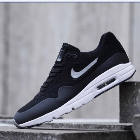 3d3c499da6fe Nike Air Max 1 Ultra Moire Shoes. M 5aac5a9a61ca10f55f548ec5